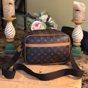AUTH Louis Vuitton Reporter & DUSTBAG EXCELLENT 🌺